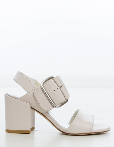 calzado- Sandalia hebilla TEEHEE STUART WEITZMAN