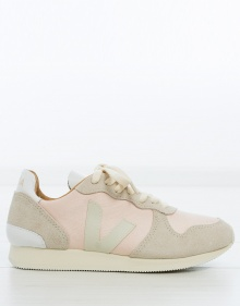 Silk running sneaker - light pink VEJA