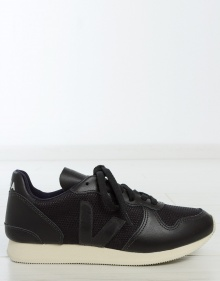HOLIDAY leather sneakers - black VEJA